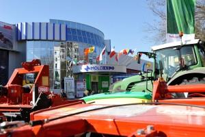 Moldagrotech-Chisinau-2016-Case-targ-agricol1