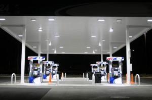 benzinarie-langa-hypermarket