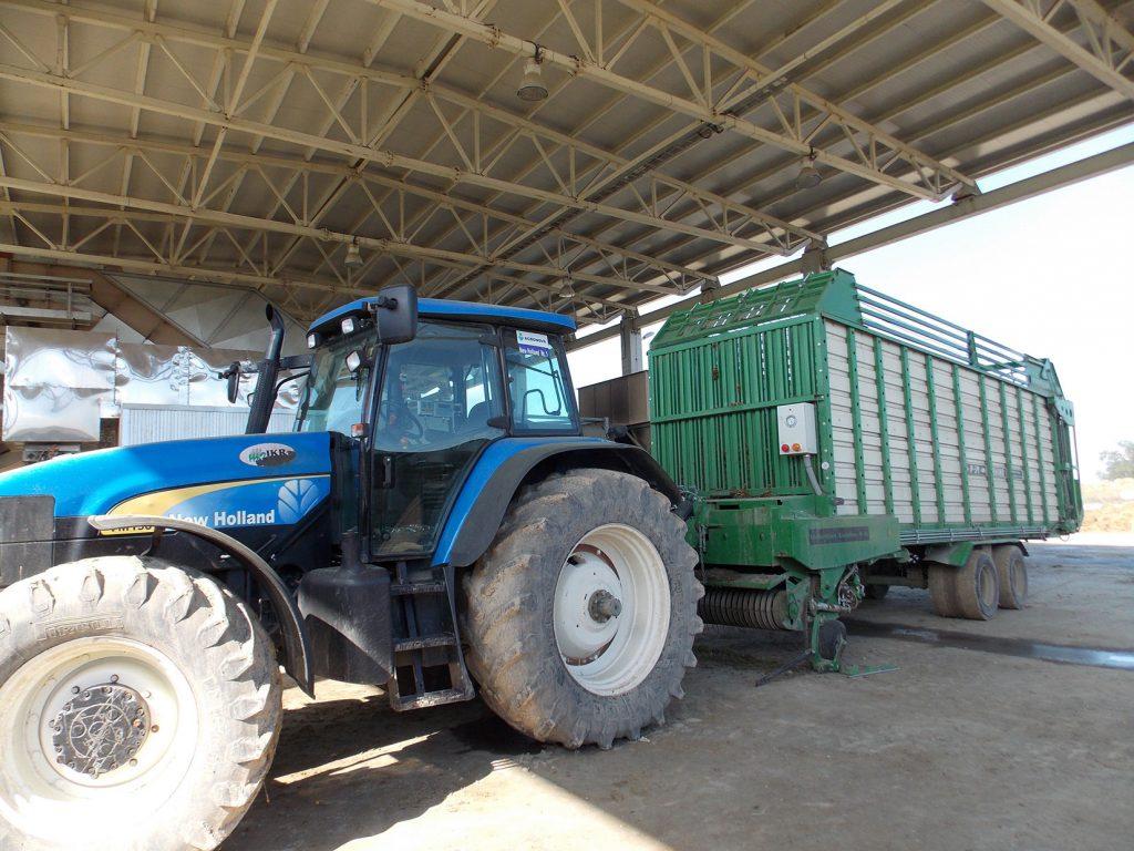 tehnologii-agricole-Rino-P-39-New-Holland