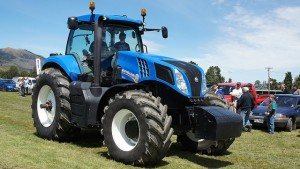 new-holland-t8jpg