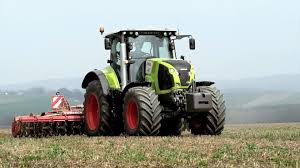 CLAAS-AXION-800