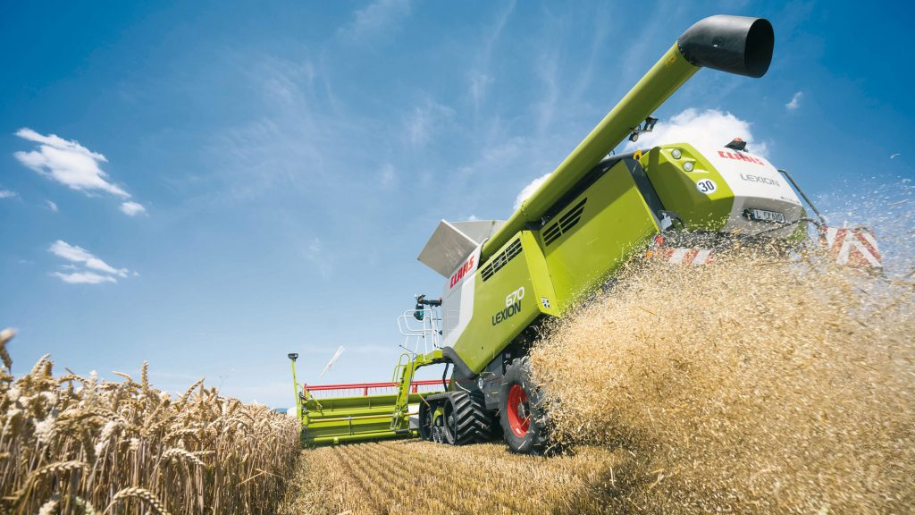 Combina-Claas-Axion
